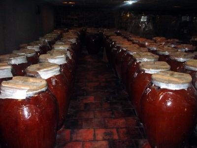 Rượu Tân Long - Nổi tiếng vùng Hướng Hóa