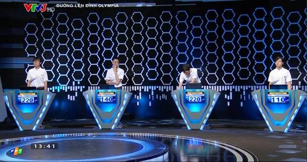 Phan Đăng Nhật Minh lại rinh cầu truyền hình Olympia về với Quảng Trị