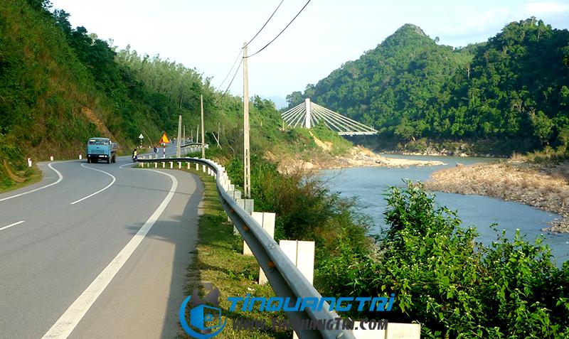 Cầu Đakarông