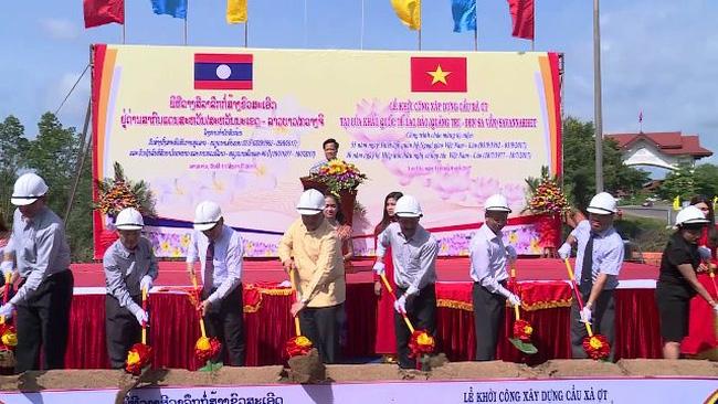 Khởi công xây dựng cầu cửa khẩu Lao Bảo, Quảng Trị