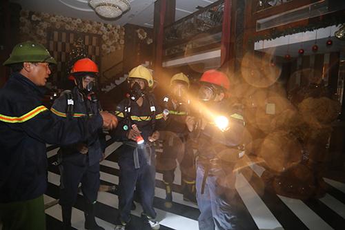 Quán Karaoke 9 tầng lớn nhất Quảng Trị bị cháy